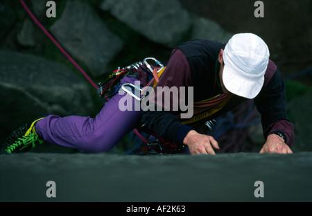 PICTURE CREDIT DOUG BLANE Rock climbing in the Peak District National Patk Grat Britain - Stock Image