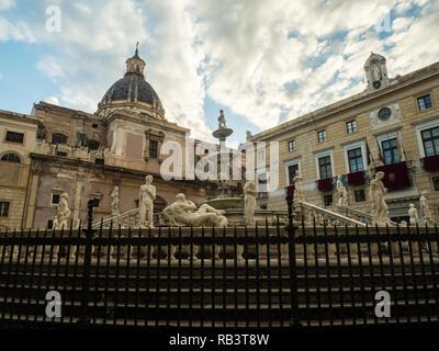 Fontana Pretoria in Piazza Pretoria in the City of Palermo, Sicily, Italy - Stock Image