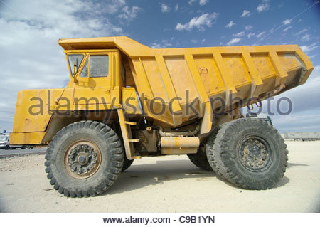 Truck construction vehicles GIANT LORRY LORRIES TRUCKS - Stock Image
