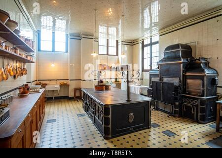 France, Paris, Nissim museum of Camondo, cooking - Stock Image
