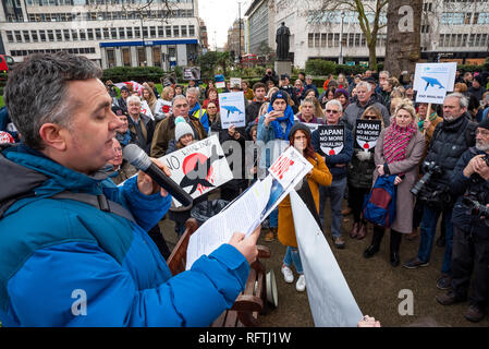 London, UK. 26th January 2019. London protest against the intended resumption of whaling by Japan.The Japanese government recently backed out of an international agreement banning commercial whaling. Campaigners rally at Cavendish Square for the march to the Japanese Embassy. Pictured on left, Dominic Dyer. Credit: Stephen Bell/Alamy Live News. - Stock Image
