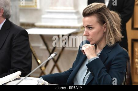 Yelizaveta Golikova, head of RBC media holdings editorial operations during a meeting with Russian President Vladimir Putin and representatives of Russian news organizations at the Kremlin February 20, 2019 in Moscow, Russia. The Russian Media Group is one of the largest holder of media companies in Russia and owned by pro-Putin oligarch Grigory Berezkin. - Stock Image