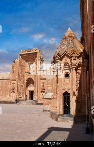 Courtyard and  entrance to the mausoleum of the 18th Century Ottoman architecture of the Ishak Pasha Palace Turkey - Stock Image