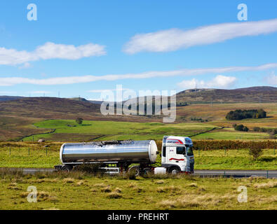 Wilson of Kendal Tanker.  M6 Northbound carriageway, Shap, Cumbria, England, United Kingdom, Europe. - Stock Image
