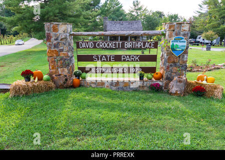 LIMESTONE, TN, USA-9/29/18: The sign at entrance to the park is decorated for Thanksgiving. - Stock Image