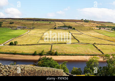 Ponden Reservoir and Scar Top Road, Haworth, Keighley, West Yorkshire - Stock Image
