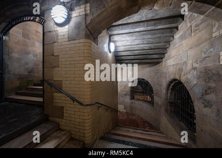 Night view of the Scotsman Steps in Edinburgh Old town, Scotland, UK - Stock Image