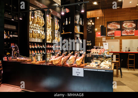 Enrique Tomas, retail outlet for Artisan Iberian Ham, in Westfield Stratford, East London - Stock Image