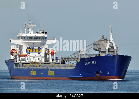 Self-discharging Bulkcarrier Splittnes inbound Kiel Fjord - Stock Image