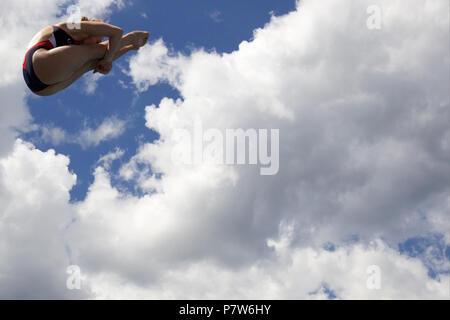 Bolzano, Italy. 07th, Jul 2018. Gibson Alison from United States of America competes in the Women's 3m Springboard Diving Semi-Final on day two at Bolzano Lido, during 24th FINA Diving Grand Prix in Bolzano, Italy, 07 July 2018. (PHOTO) Alejandro Sala/Alamy Live News - Stock Image
