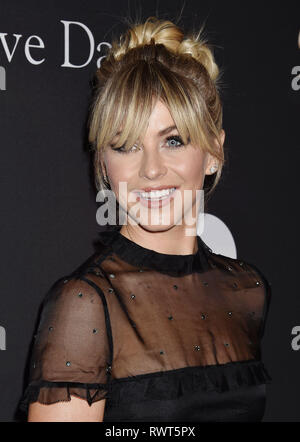 JULIANNE HOUGH American film actress at The Recording Academy And Clive Davis' 2019 Pre-GRAMMY Gala at The Beverly Hilton Hotel on February 9, 2019 in Beverly Hills, California. Photo: Jeffrey Mayer - Stock Image
