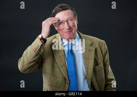 British journalist, editor, historian and author Sir Max Hastings FRSL, FRHistS. - Stock Image