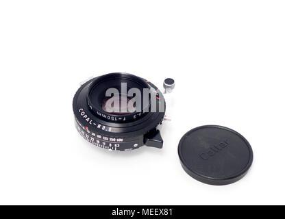 Calumet Caltar II-E MC 150mm f/6.3 large format lens in a Copal No.0 shutter   'Caltar II-E 1:6.3 f=150mm MC 11651012' - Stock Image