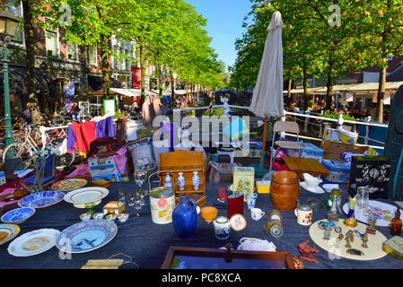 The famous outdoor street market in Delft which lines the canalside around the town of Delft, Holland,  Netherlands - Stock Image