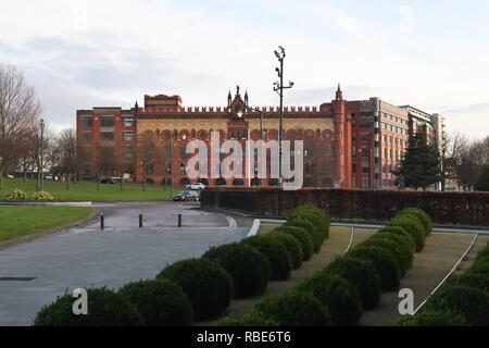 Templeton On The Green, previously known as the Templeton Carpet Factory, is an attractive building in Glasgow's east end, Scotland, UK, Europe - Stock Image