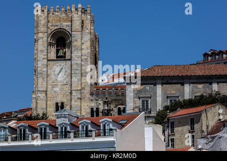 Crenelated tower of the Lisbon Cathedral is a relic from the Reconquista period, when the cathedral could be used - Stock Image