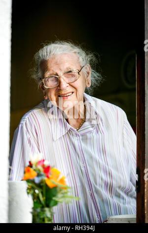 Portrait of senior woman - Stock Image