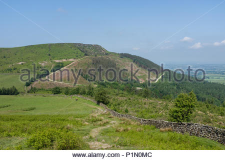 On the route of the Cleveland Way national trail in the North York Moors national park east of Clay Bank on Urra Moor - Stock Image