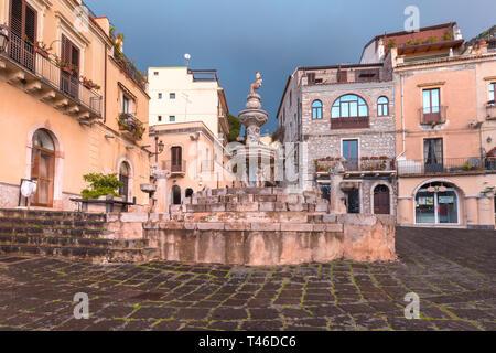 Piazza Duomo in Taormina, Sicily, Italy - Stock Image