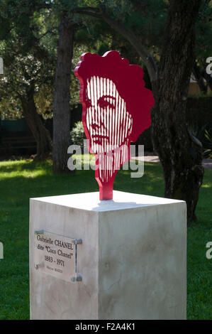 Statue of 'Coco Chanel' in Roquebrune Park, France - Stock Image