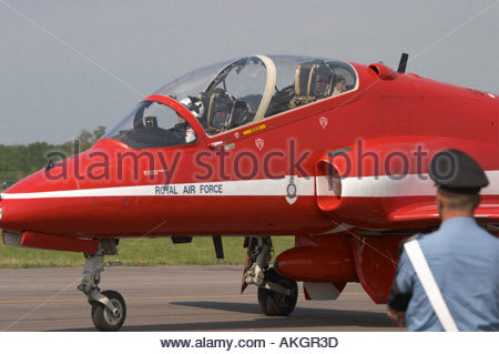 Rivolto Italia Air show 2005 RAF aerobatic team, BAe Hawk Red Arrows two seater taxi - Stock Image