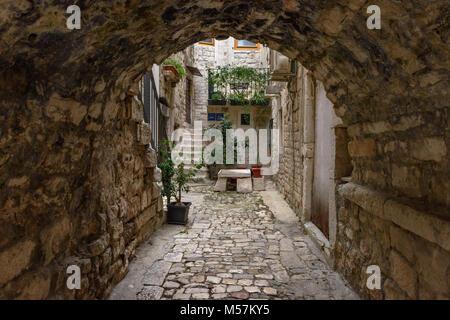 Arched close, Trogir, Croatia - Stock Image