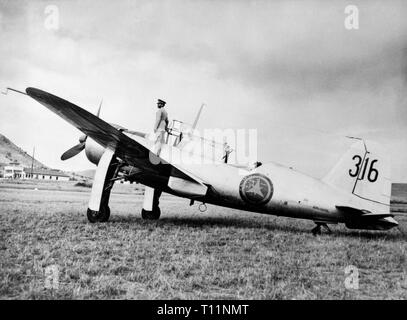 The Saab 17 was a Swedish bomber-reconnaissance aircraft that first flew in 1940, and was used by the Swedish Air Force until 1955. This example, serial 316, is of the Ethiopian Air Force, who used the plane up until 1968. - Stock Image