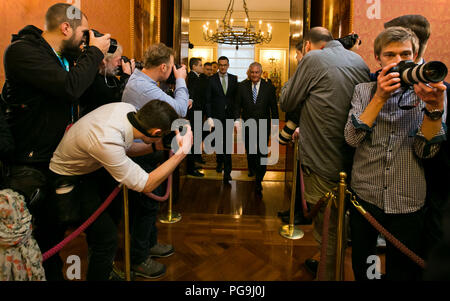 U.S Secretary of State Rex Tillerson and Polish Prime Minister Mateusz Morawiecki leaving their meeting in Warsaw, Poland on January 27, 2018. - Stock Image