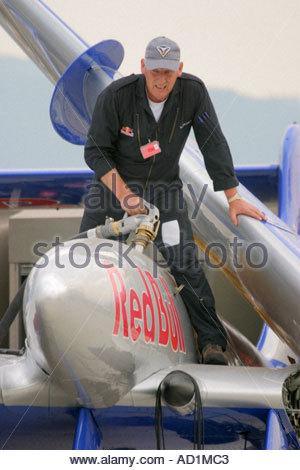 Zeltweg 2005 Airpower 05 airshow Austria Sea Vixen fuel loading - Stock Image
