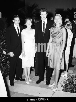 Mr and Mrs Frank Roberts with pianist Van Cliburn and Mary Obelensky at Mr and Mrs Frank McMahon's,  Palm Beach, - Stock Image