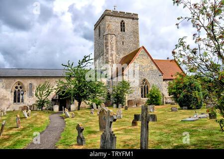 Church and churchyard at Cholsey; Kirche und Friedhof von Cholsey (Oxfordshire) - Stock Image