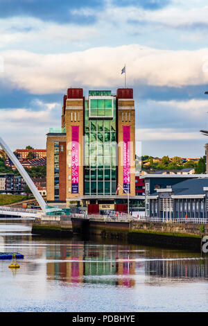 The Baltic Centre for Contemporary Art in a converted flour mill by the River Tyne, Gateshead, UK - Stock Image
