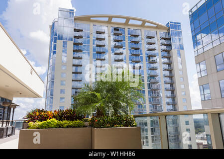 Orlando Florida Downtown Historic District Solaire at the Plaza luxury condominium real estate urban living high-rise terrace pl - Stock Image