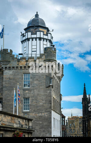 The Camera Obscura and Outlook Tower, Castlehill, Royal Mile, Edinburgh, Scotland, UK - Stock Image