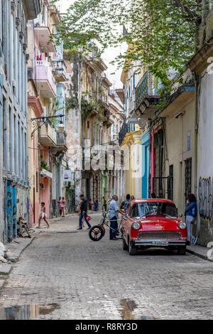 Street scene in Old Havana, Cuba - Stock Image