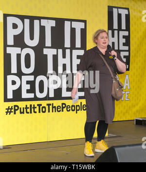 London, UK. 23rd Mar, 2019. Siobhan McSweeney, actor, addressing People's Vote March and rally, 'Put it to the People.' Credit: Prixpics/Alamy Live News - Stock Image