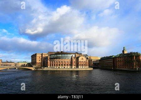 Winter view of the Parliament House, Helgeandsholmen, Stockholm City, Sweden, Europe - Stock Image