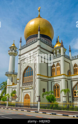 Masjid Sultan / Sultan Mosque at Muscat Street in Kampong Glam, Singapore - Stock Image