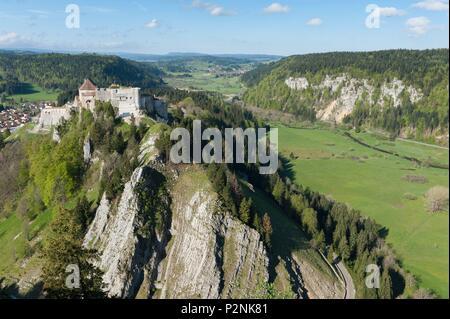 France, Doubs, La Cluse et Mijoux, castle of Joux 11th century reinforced by Vauban in 1678 - Stock Image