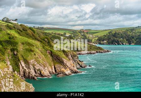 Scenic coastline at the mouth of the Dart River, Devon, England, UK | Malerische Kueste an der Flussmuendung des Dart River, Devon, England, UK - Stock Image