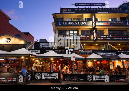 Rattle N Hum Bar and Grill & Global Backpackers, Cairns Esplanade, Cairns North Queensland Australia - Stock Image