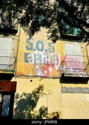 Pro-Palestinian graffiti on a building wall in Barcelona, Catalonia, Spain. - Stock Image