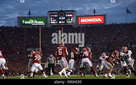 Pasadena, California, USA. 01st Jan, 2018. Oklahoma Sooners quarterback Baker Mayfield #6 celebrates an OU Touchdown - Stock Image