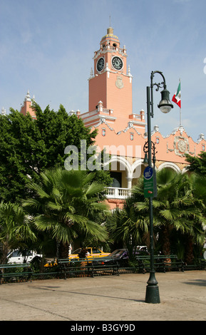 Municipal Palace Plaza de la Independencia, Merida, Yucatan Peninsular, Mexico. - Stock Image