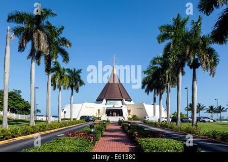 Exterior view of the Catholic Shrine Our Lady of Charity, Coral Gables, Florida in South Miami houses sacred religious - Stock Image