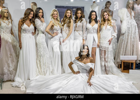 Beautiful young models posing in wedding dresses on Zagreb Wedding Expo 2019 - Stock Image