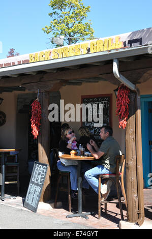 Restaurants and shops in downtown Albuquerque, New Mexico, USA - Backstreet restaurant - Stock Image