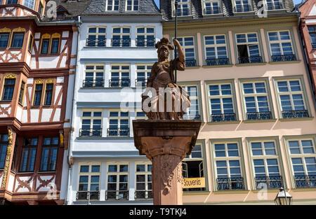 The Ršmer, City Hall of Frankfurt am Main, Ršmerberg Platz, landmark of the city, rows of houses Samstagsberg, Minerva fountain, - Stock Image