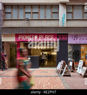 Main entrance to Pioneer PLace. Pioneer Place, Durban, South Africa. Architect: designworkshop : sa, 2016. - Stock Image