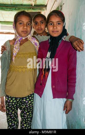 Village sisters, Little Rann of Kutch, Gujarat, India - Stock Image